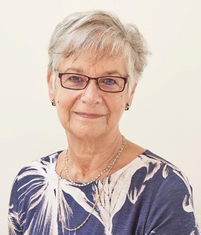 Gloria Dobbin