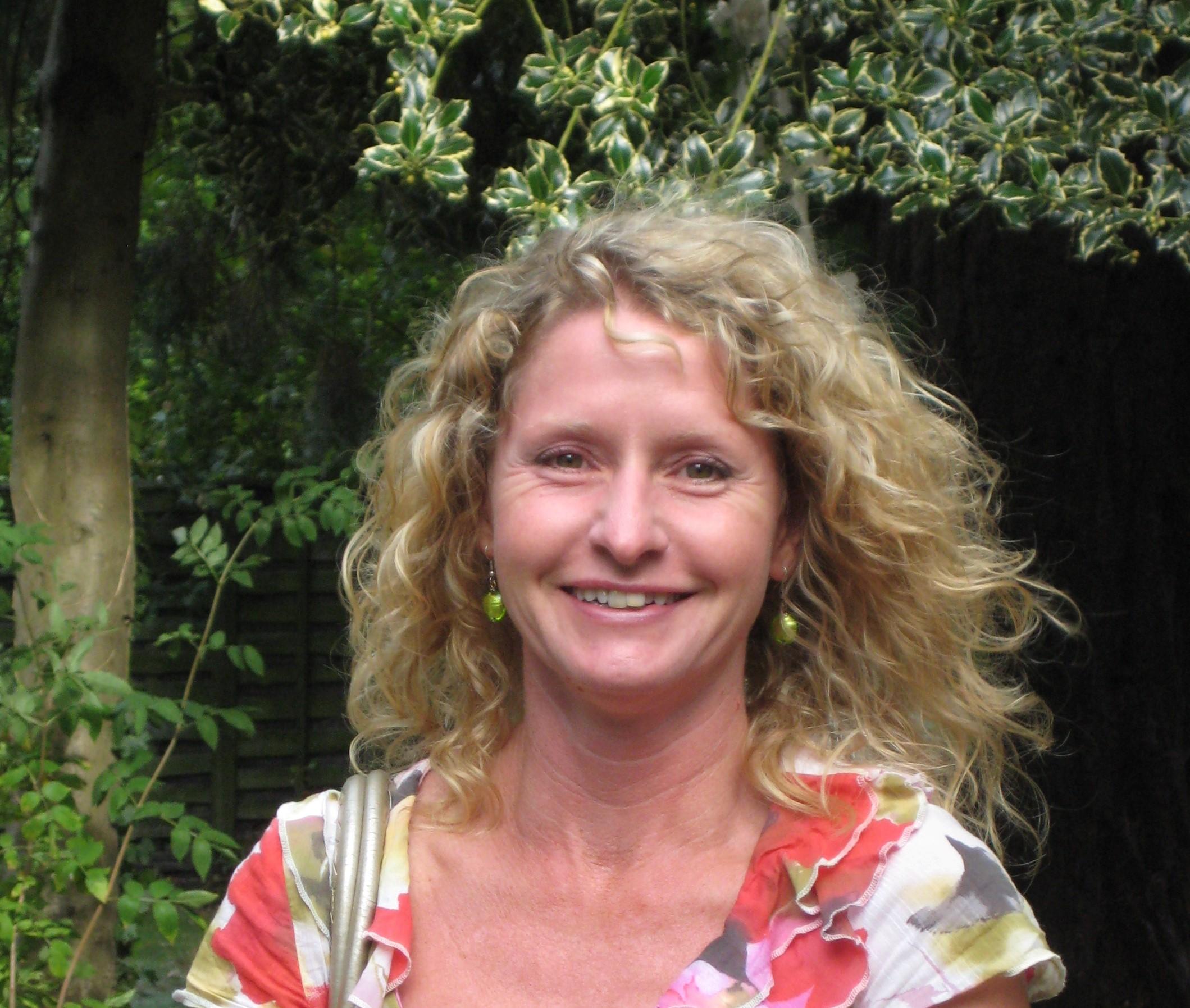 Julie Fitter
