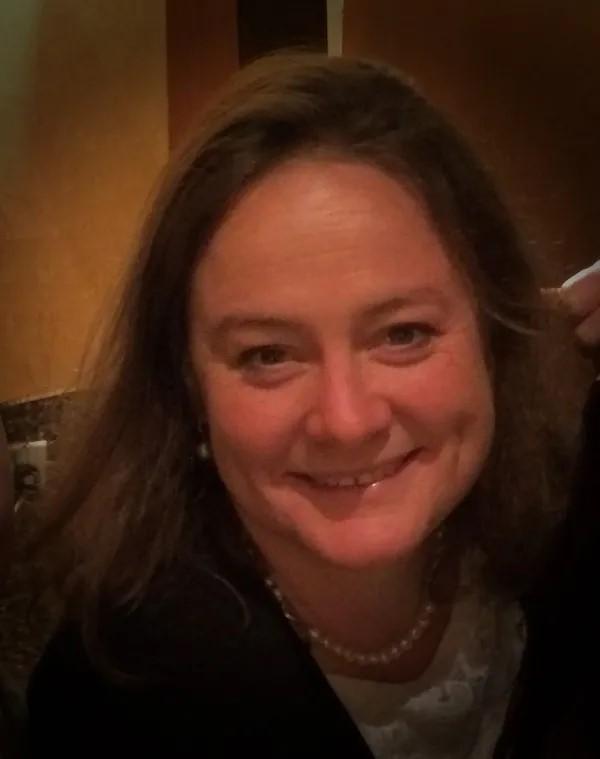 Lisa Yates