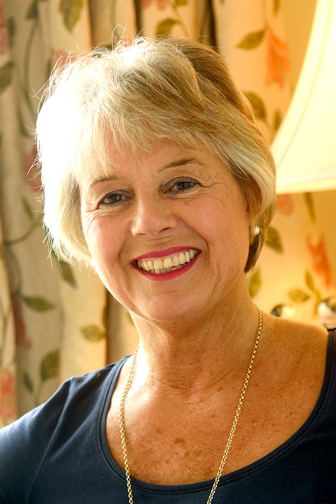 Caroline Leburn