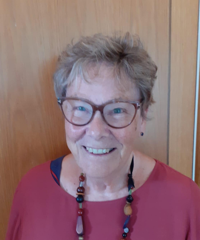 Lesley Hiscox