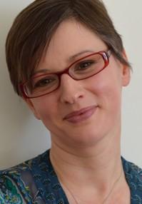 Kirsten Toyne