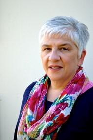 Lynda Graham
