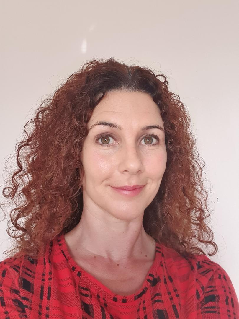 Alison Oliver