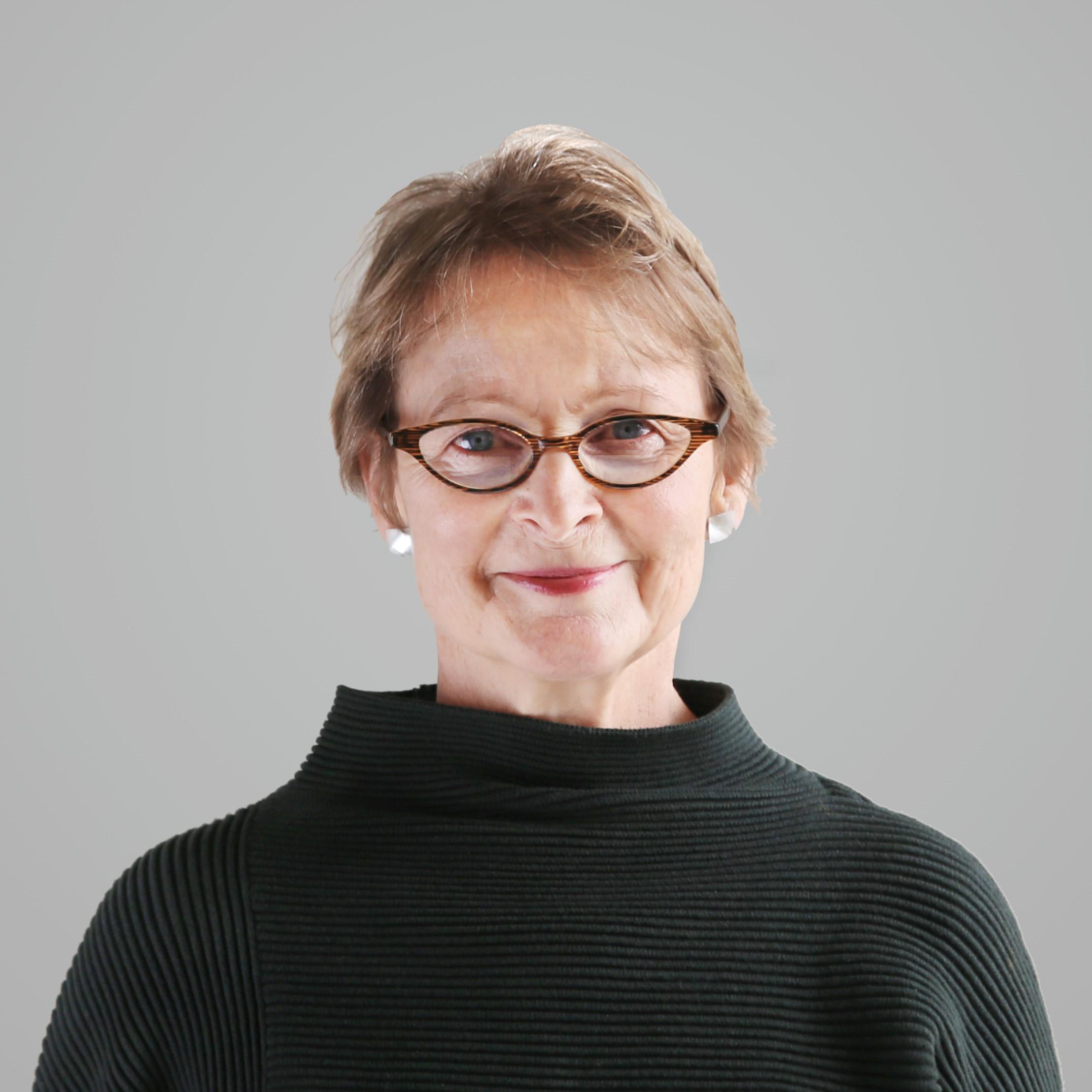Joanne Fernandez
