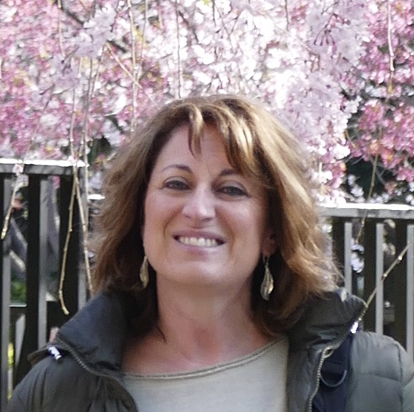 Lynn Keeves
