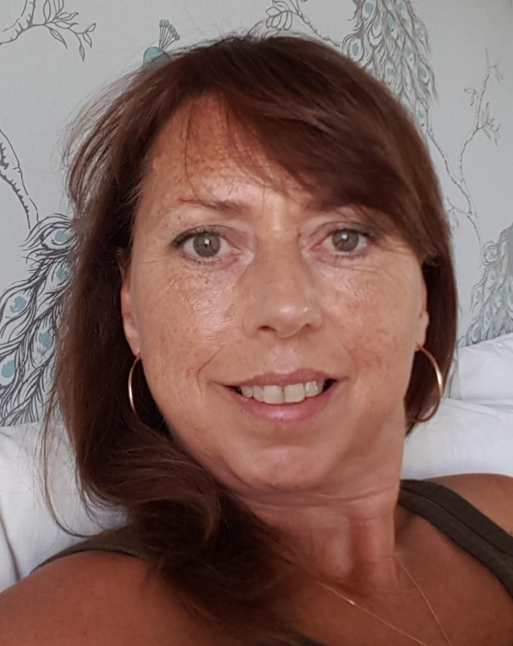 Lorraine Baines