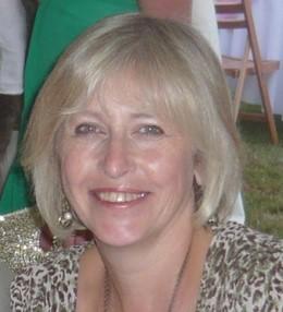 Lyn Rhodes
