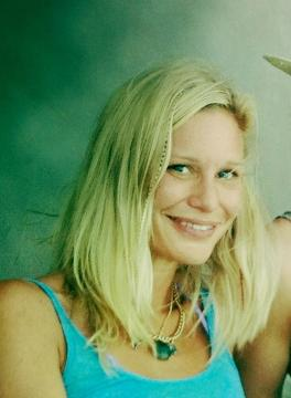 Lucinda Roberts