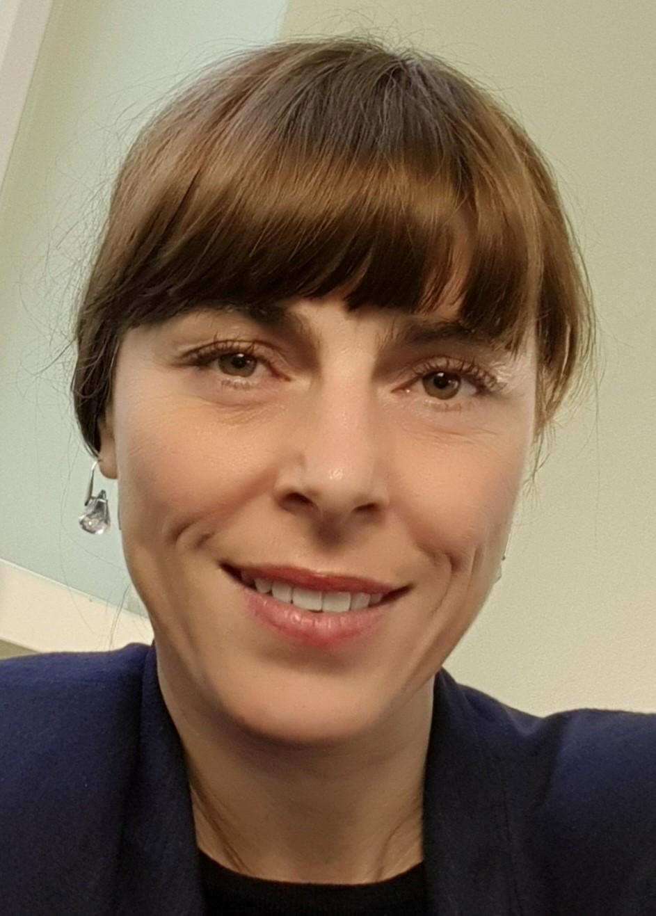 Julia Dryden