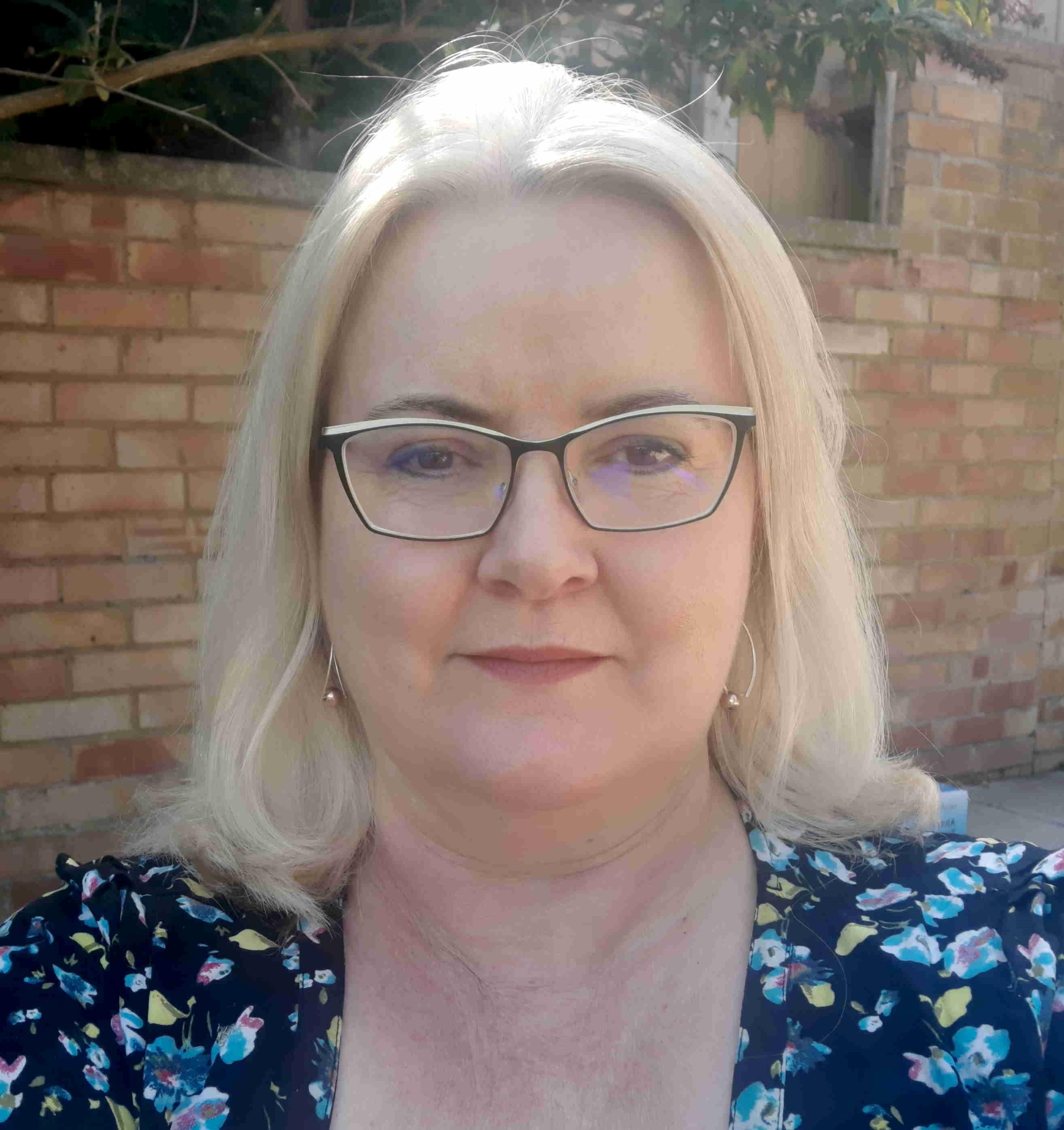 Jennifer Harknett