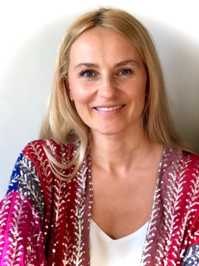 Izabela Kathiravel